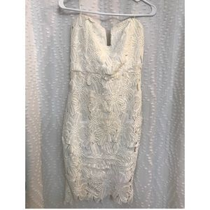 Mystic Los Angeles white lace strapless dress